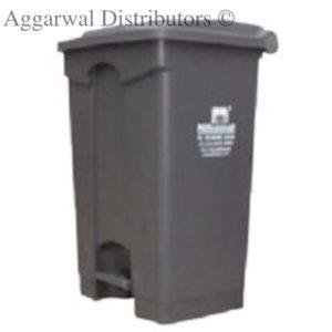 Plastic Foot Control Waste Bin 30